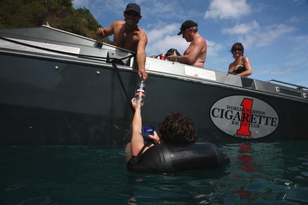 Excursion Guadeloupe Bateau Offshore Cigarette Marie Galante les Saintes Deshaies Fajou Caret