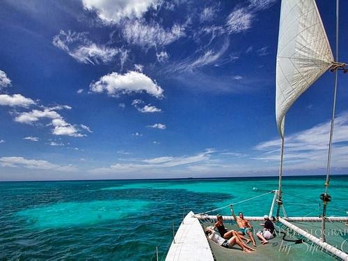 Excursion en Catamaran sur les îles de l'Archipel Guadeloupéen             RESERVEZ MAINTENANT CLIC IMAGE